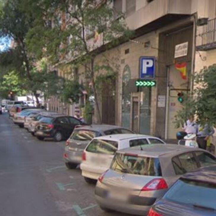 Öffentliches Parkhaus CASTELLO 98 (Überdacht) Madrid