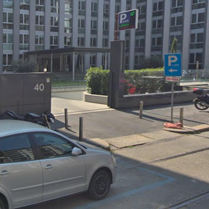 Parking Public SANTA CROCE PARKING (Couvert) Milano