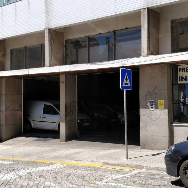 Estacionamento Público GARAGEM F. LEAL (Coberto) Porto