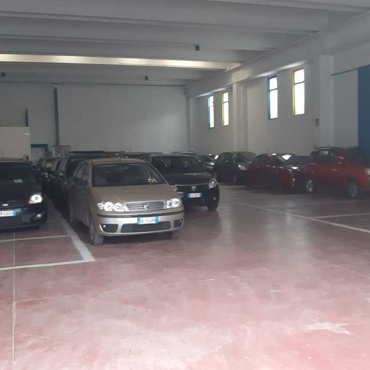 CARAVAGGIO PARKING Discount Parking (Overdekt) Grassobbio