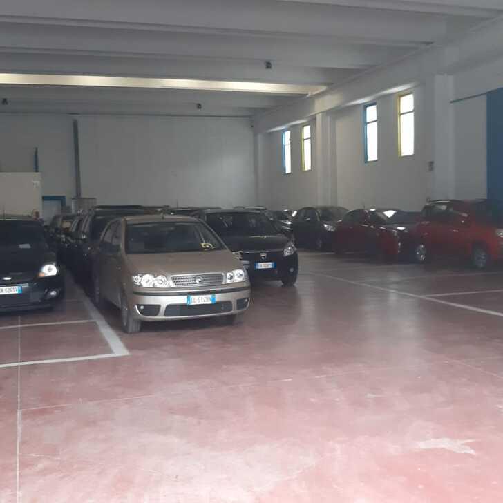 Discount Parkhaus CARAVAGGIO PARKING (Überdacht) Grassobbio