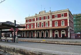 Parking Estación Tren Badalona en Barcelona : precios y ofertas - Parking de estación | Onepark
