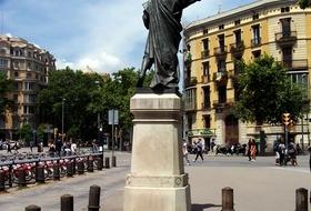 Parking Pau Clarís à Barcelone : tarifs et abonnements | Onepark