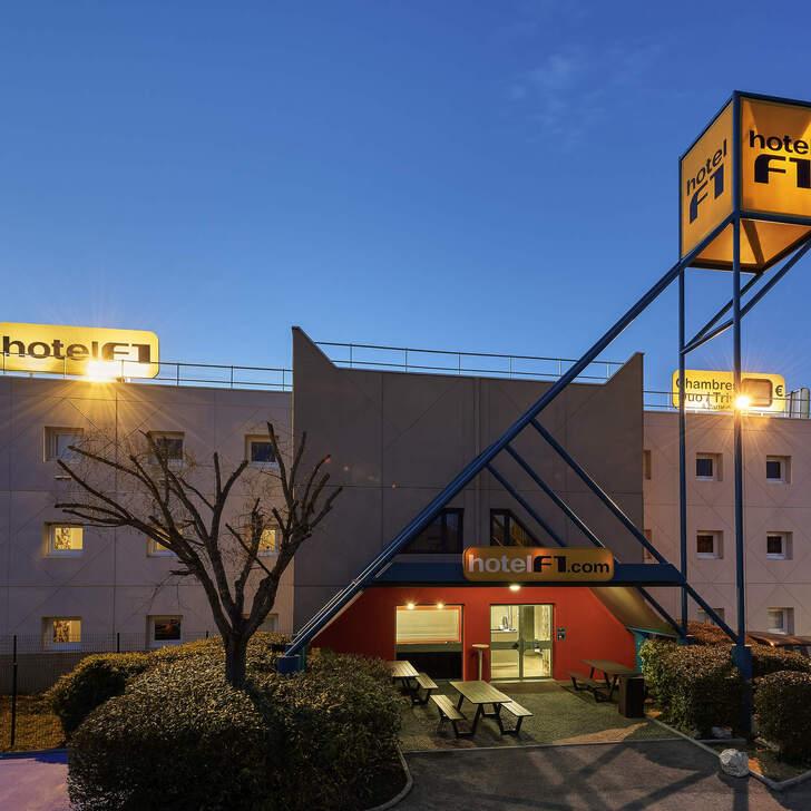 Estacionamento Hotel F1 GENÈVE AÉROPORT FERNEY VOLTAIRE (Exterior) Ferney-voltaire