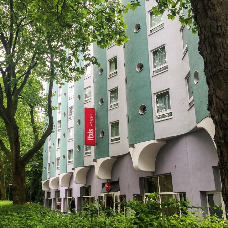 Hotel Parkplatz IBIS ESSEN HAUPTBAHNHOF (Nicht Überdacht) Essen