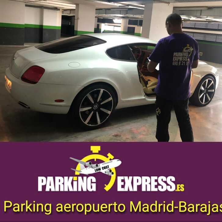 Parkservice Parkhaus PARKINGEXPRESS (Überdacht) Madrid