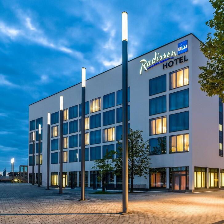 Hotel Parkplatz RADISSON BLU HANNOVER MESSE (Überdacht) Hannover