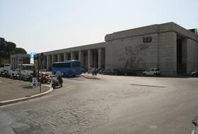 Parcheggio Stazione di Roma Ostiense a Roma: prezzi e abbonamenti - Parcheggio di stazione | Onepark
