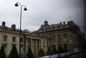 Avenue de la Motte Picquet car park in Paris: prices and subscriptions - City center car park   Onepark